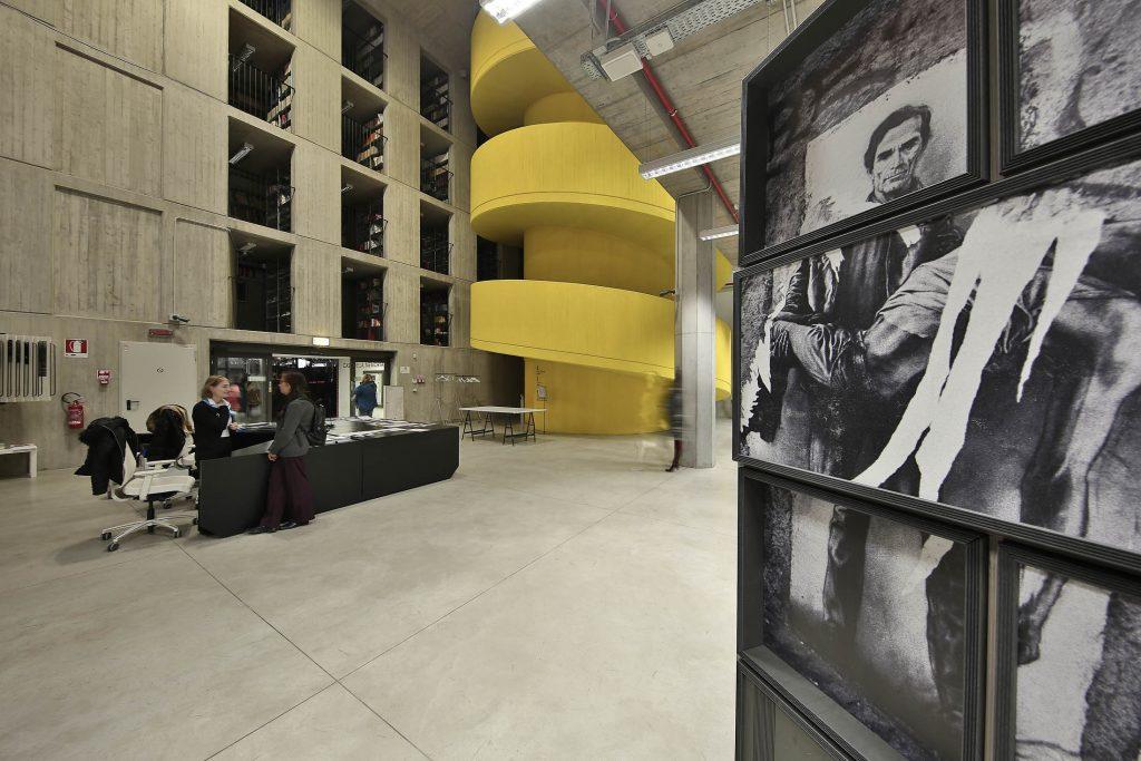 photoSHOWall al parete fotografica